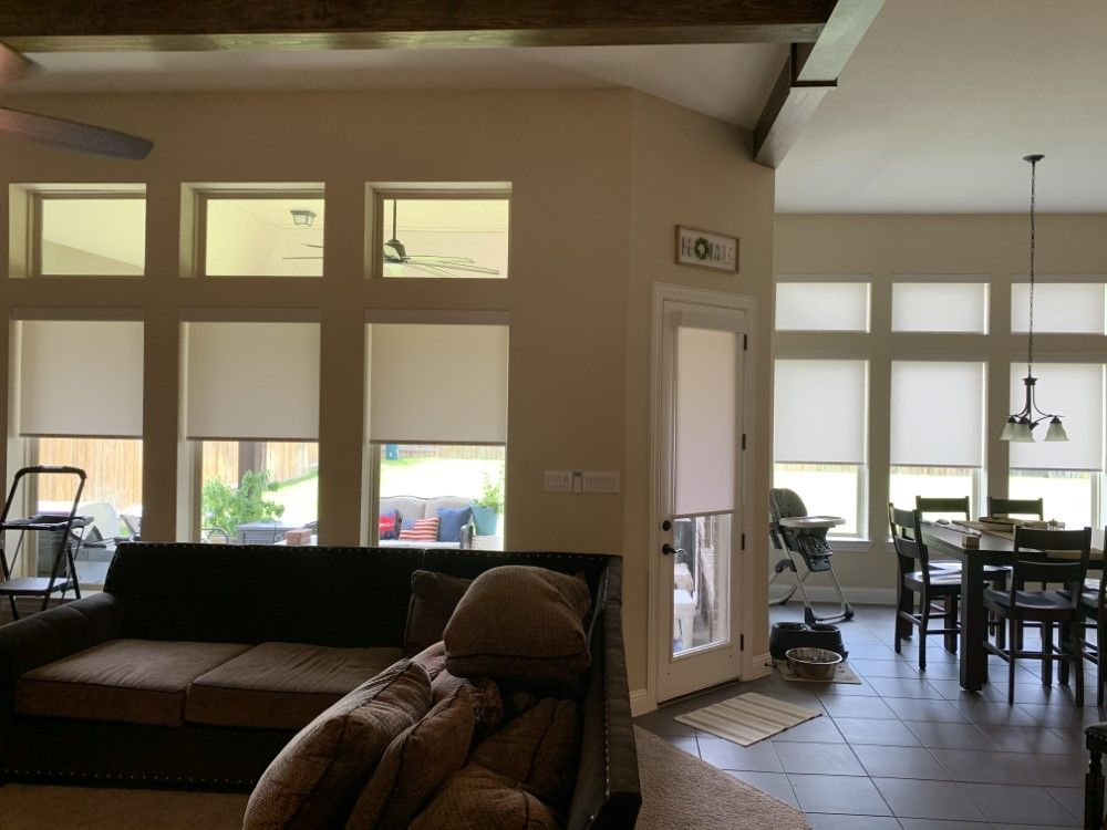 Cordless/Motorized Roller Shade in League City, TX