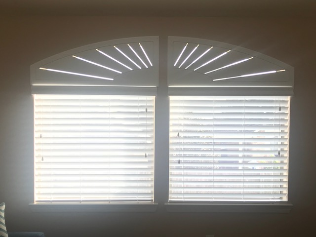 Faux Wood Blinds with Starburst Arch Installed in League City, TX